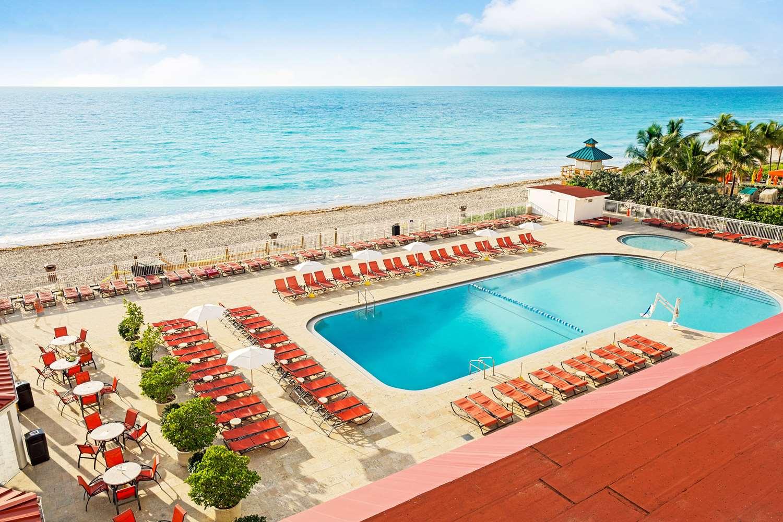 Pool - Ramada Inn Resort Sunny Isles Beach