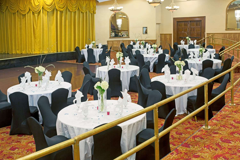Ballroom - Ramada Inn Resort Sunny Isles Beach