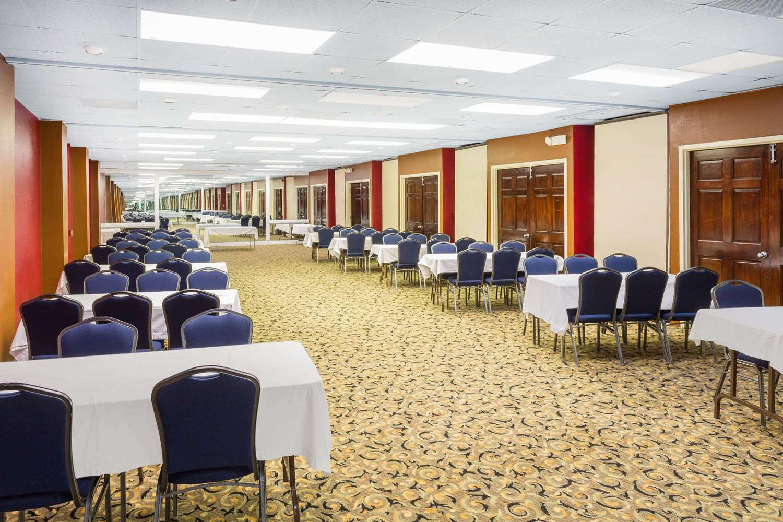Meeting Facilities - Howard Johnson Inn Richmond Road Williamsburg