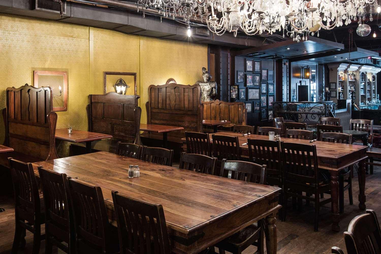 Restaurant - Ramada Inn & Suites Downtown Vancouver