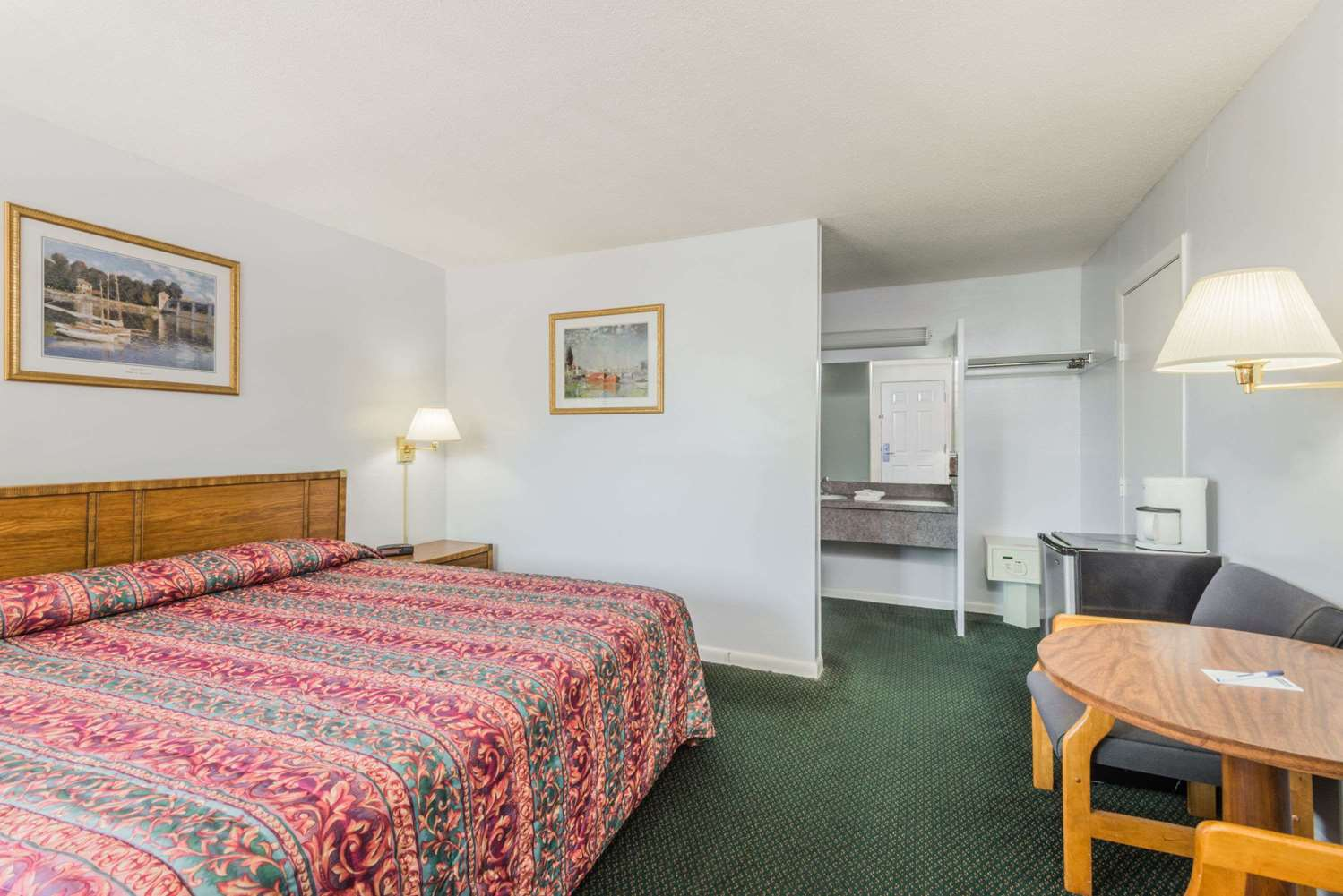 Room - Travelodge Mid Cape West Dennis