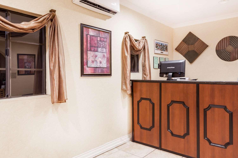 Lobby - Ramada Inn Poway