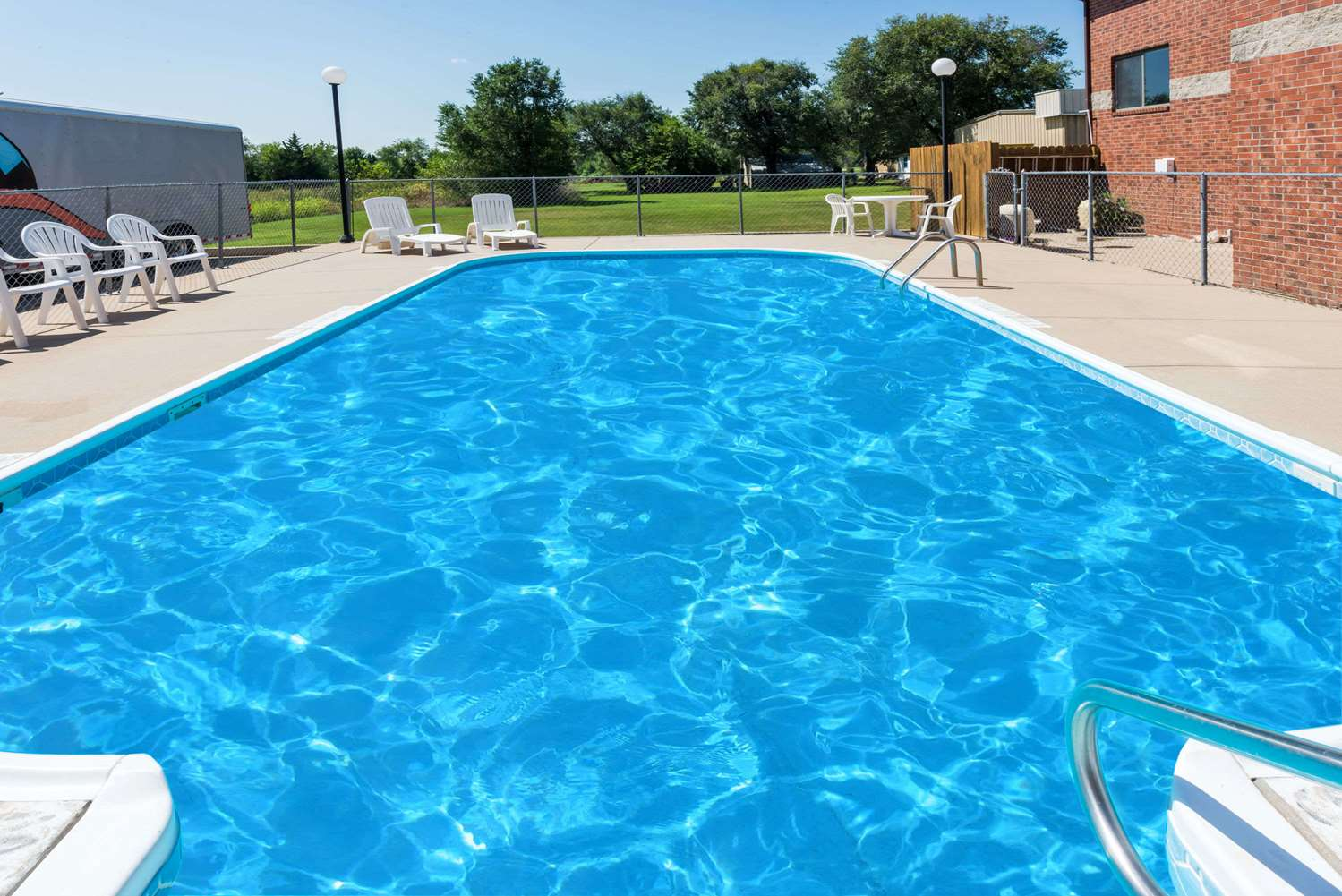 Pool - Super 8 Hotel Chanute
