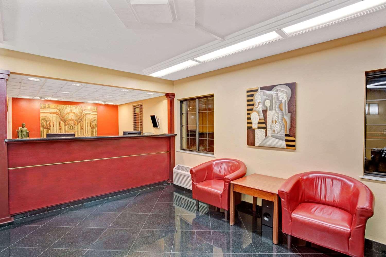 Lobby - Super 8 Hotel Jacksonville