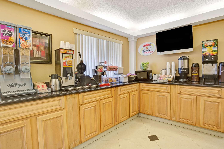 proam - Super 8 Hotel Jacksonville