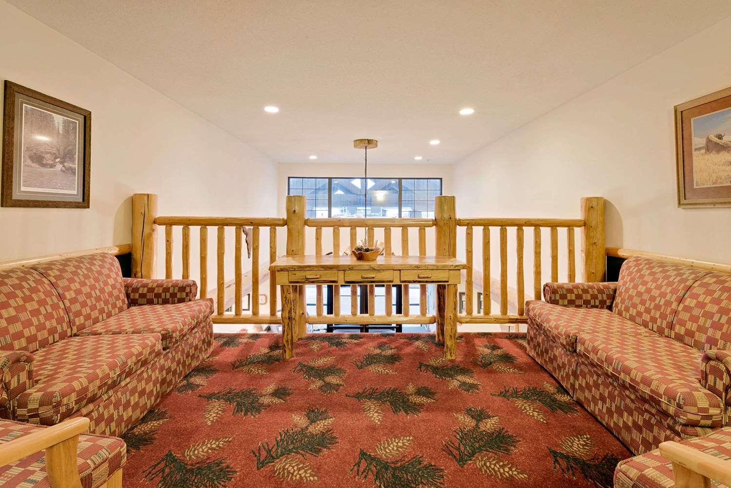 Lobby - Ramada Inn Black Hawk