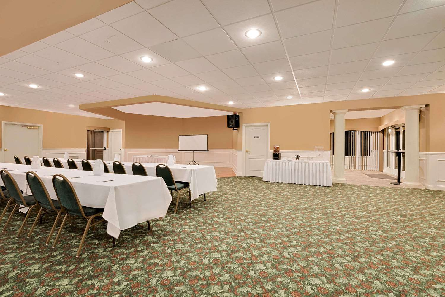 Meeting Facilities - Ramada Inn Black Hawk