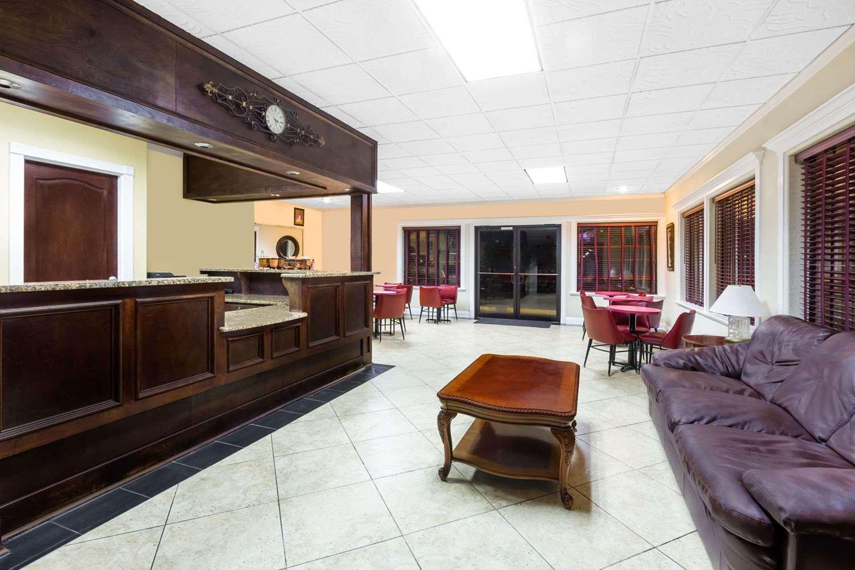 Lobby - Travelodge Shreveport