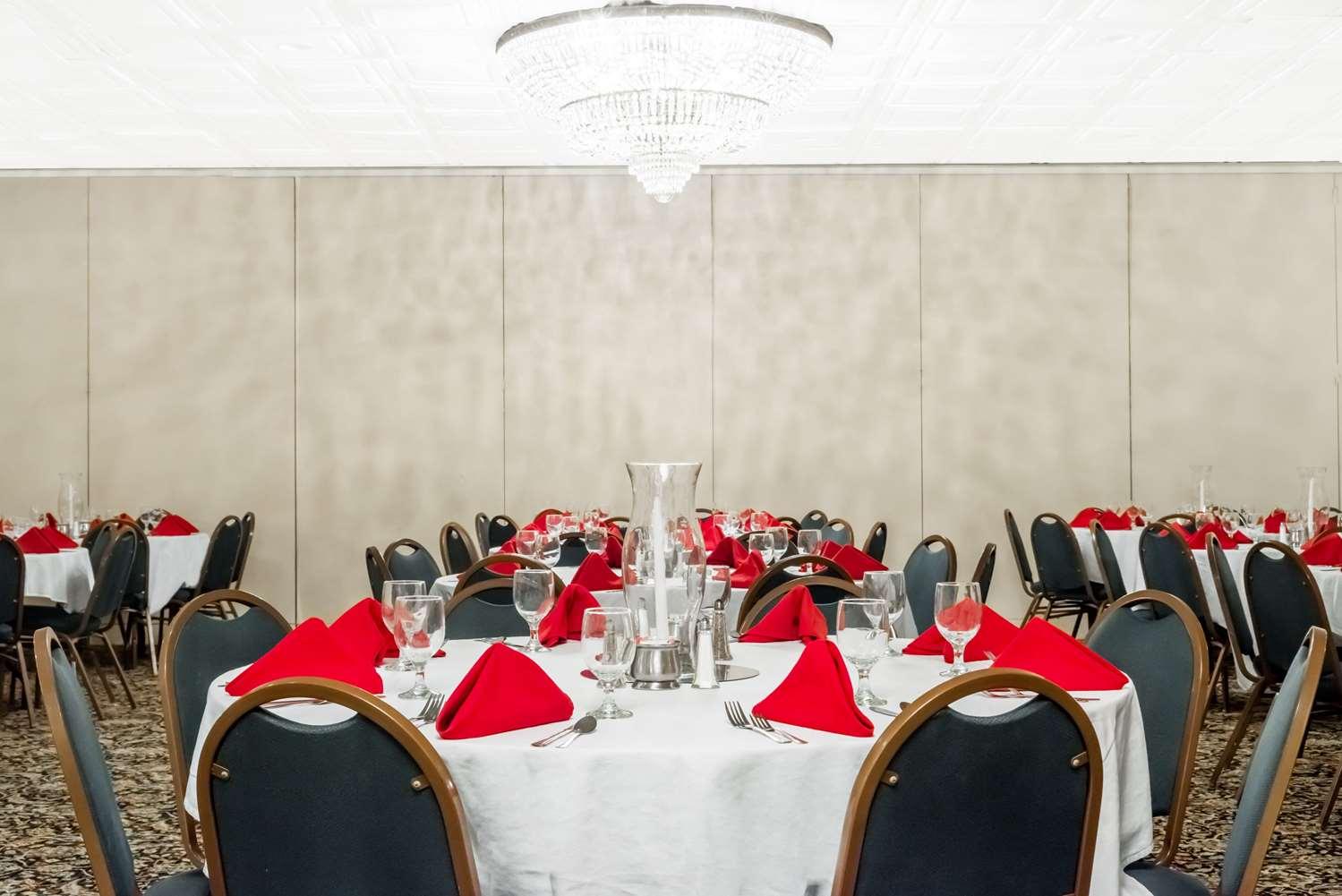 Ballroom - Ramada Inn & Conference Center Lexington