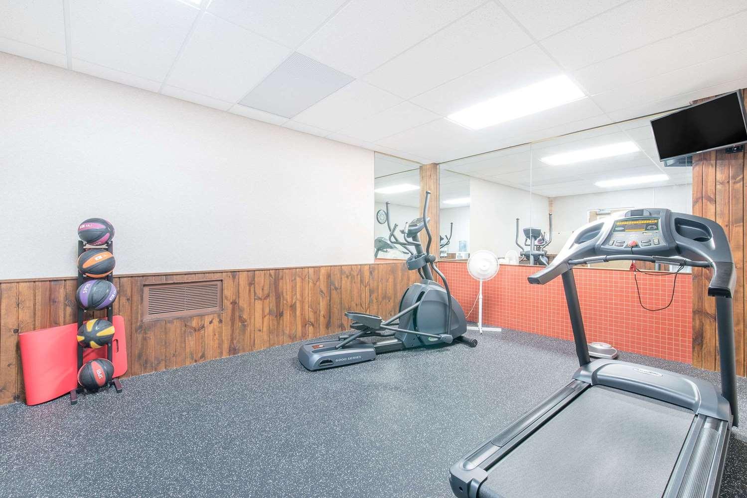 Fitness/ Exercise Room - Days Inn West Rapid City