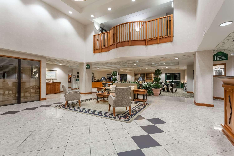 Lobby - Wingate by Wyndham Hotel Vineland