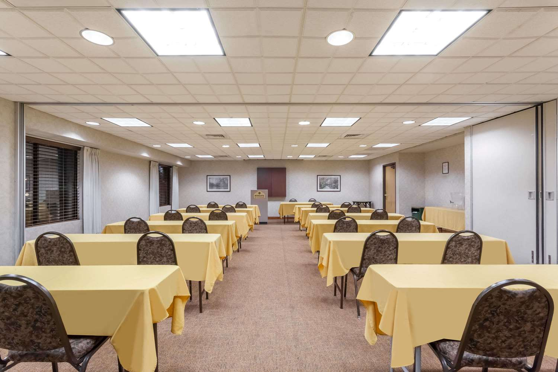 Meeting Facilities - Wingate by Wyndham Hotel Vineland