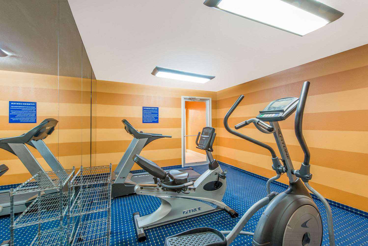 Fitness/ Exercise Room - Super 8 Hotel Lake Charles