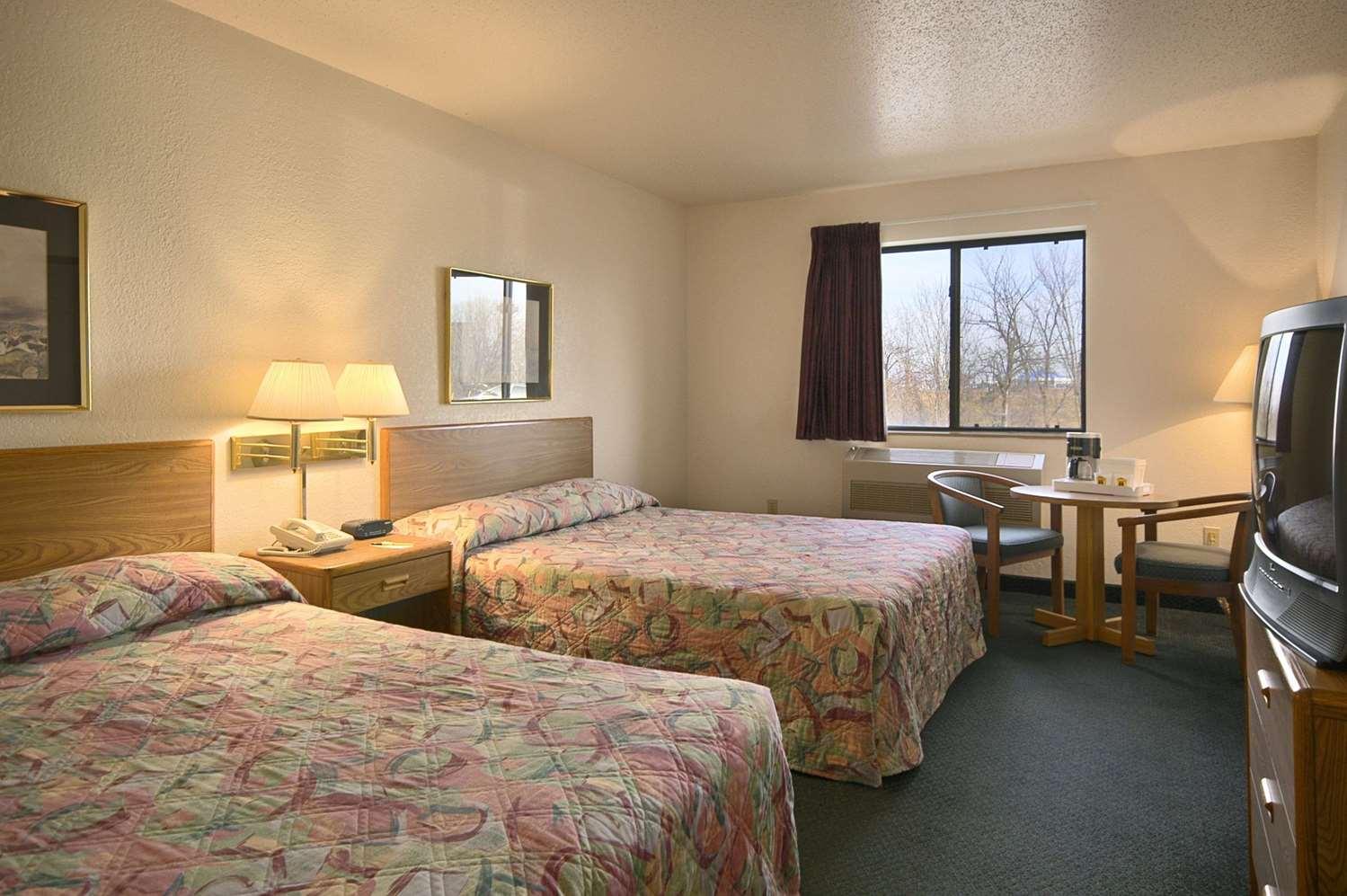 Room - Travelodge Hudsonville