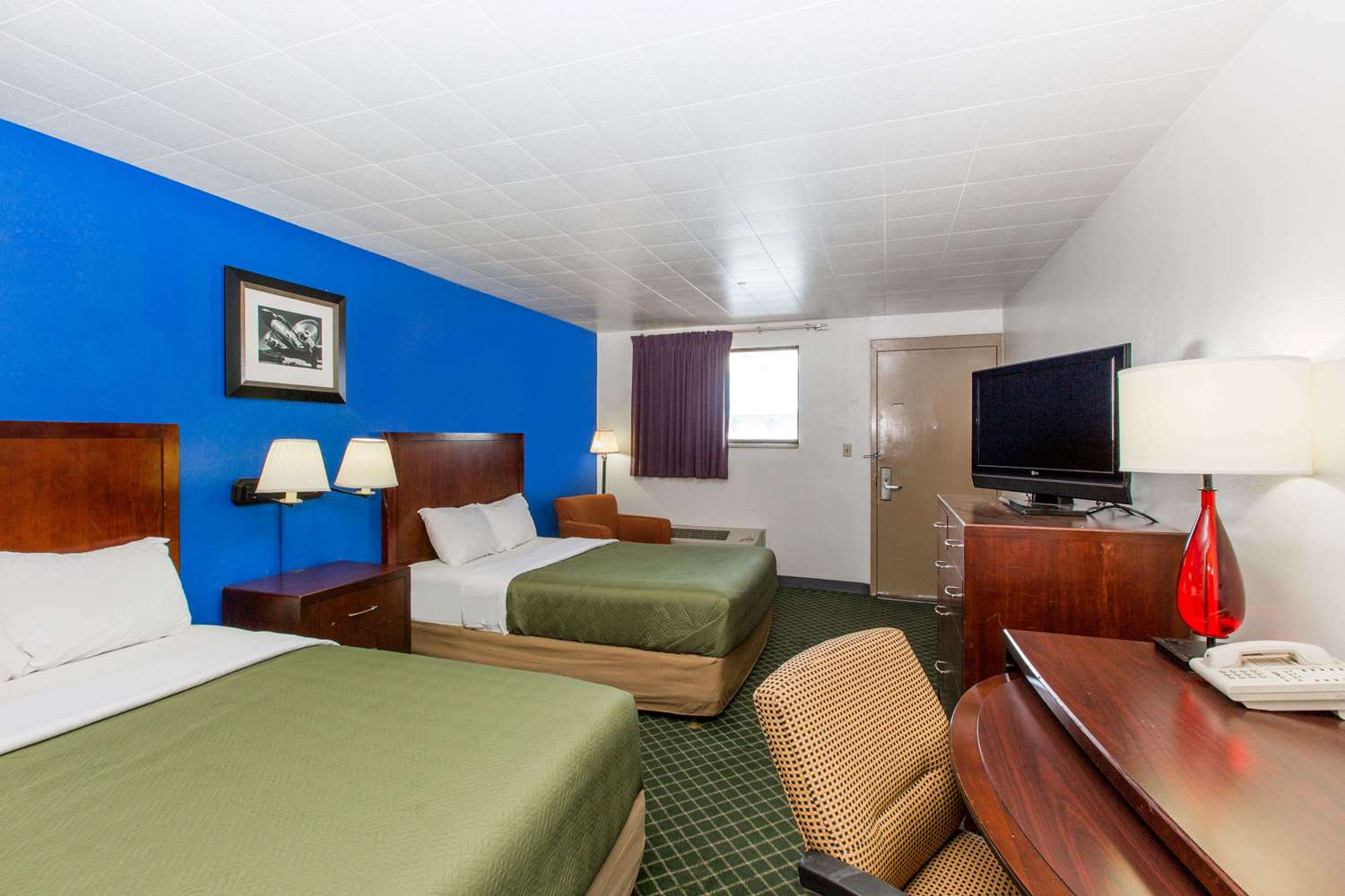 Room - Travelodge Great Bend
