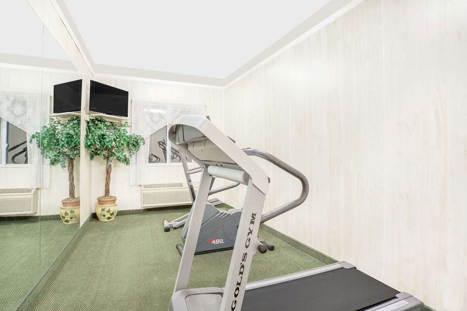 Fitness/ Exercise Room - Super 8 Hotel Monticello