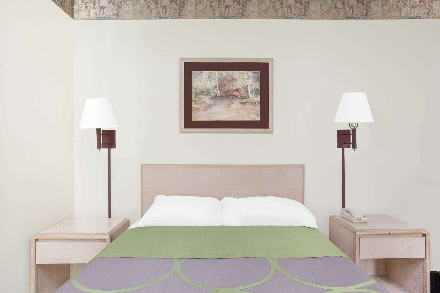 Room - Super 8 Hotel Monticello