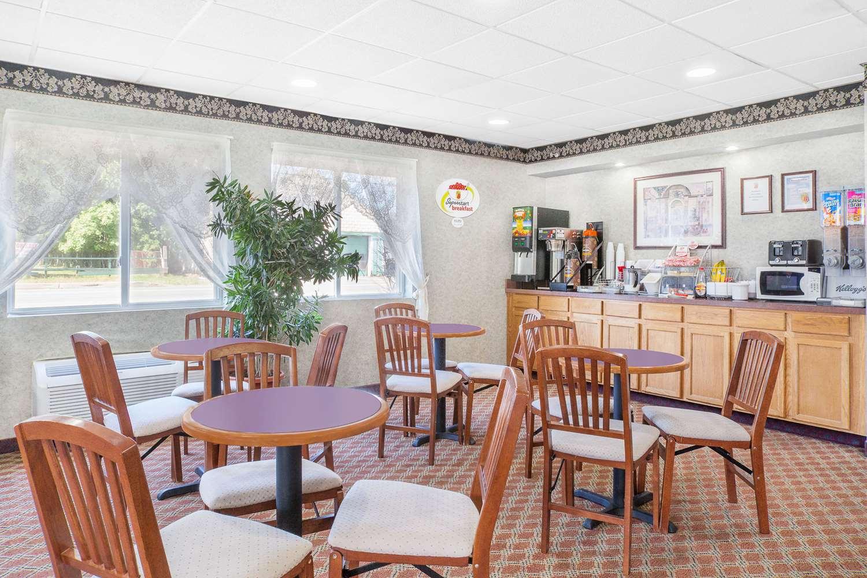 proam - Super 8 Hotel Monticello