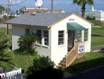 Exterior view - Knights Inn by the Beach Corpus Christi