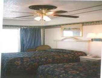 Room - Knights Inn by the Beach Corpus Christi