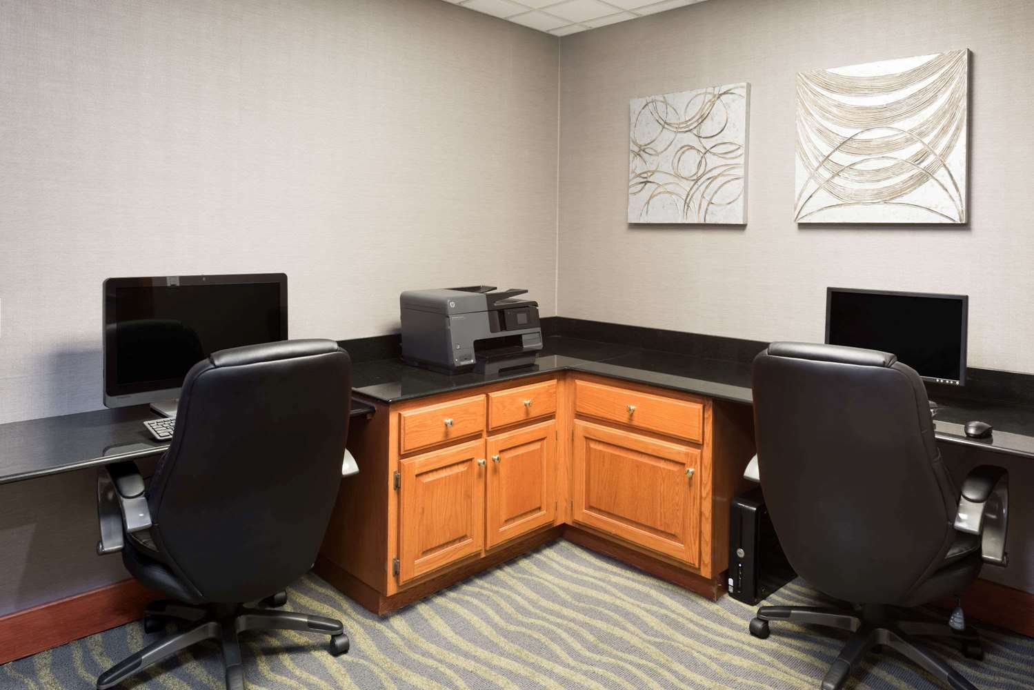 Conference Area - Wingate by Wyndham Hotel Columbia