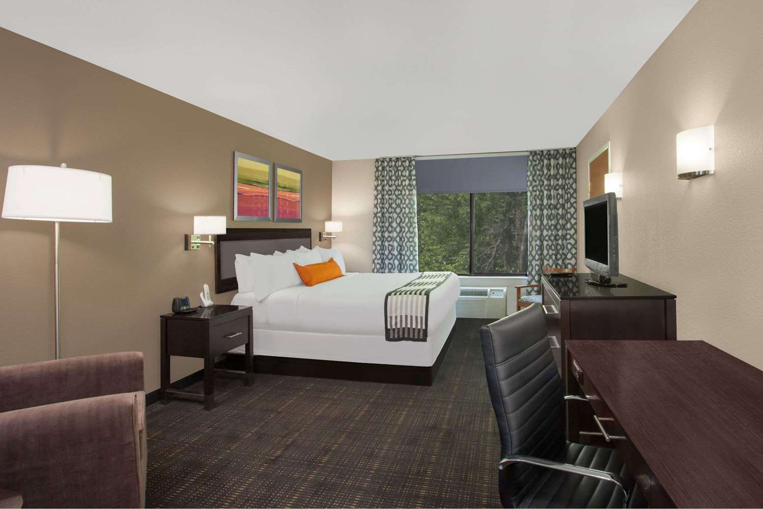 Room - Wingate by Wyndham Hotel Columbia