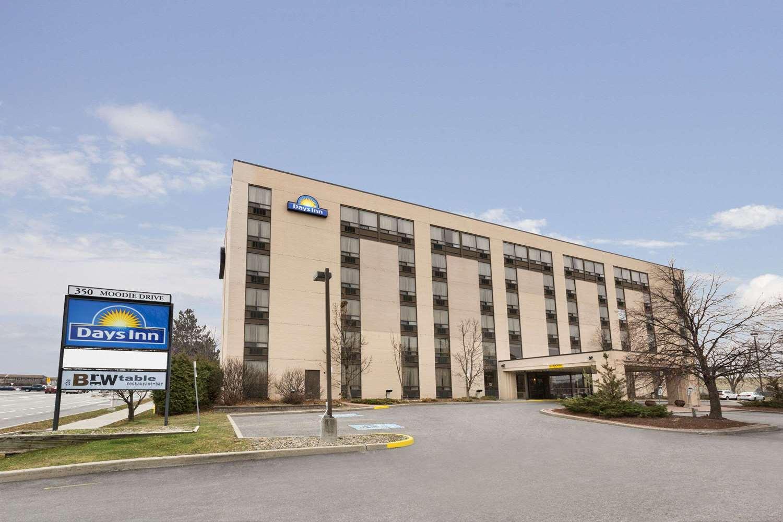 Exterior view - Days Inn Nepean Ottawa