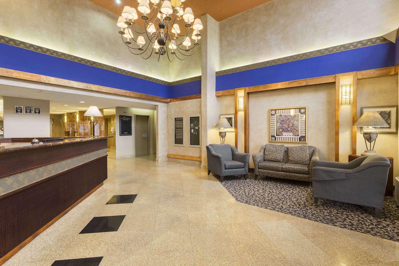 Lobby - Days Inn Nepean Ottawa