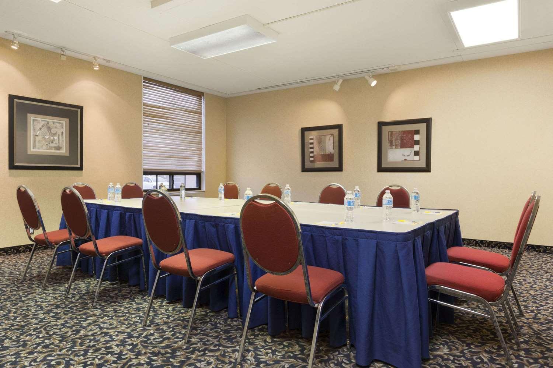 Meeting Facilities - Days Inn Nepean Ottawa
