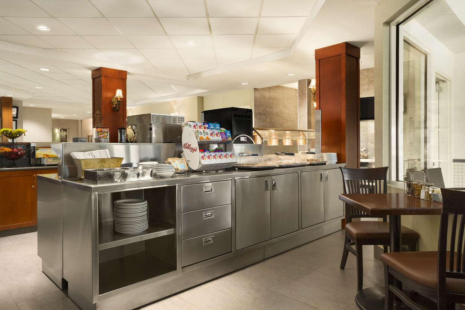 Restaurant - Travelodge Strathmore
