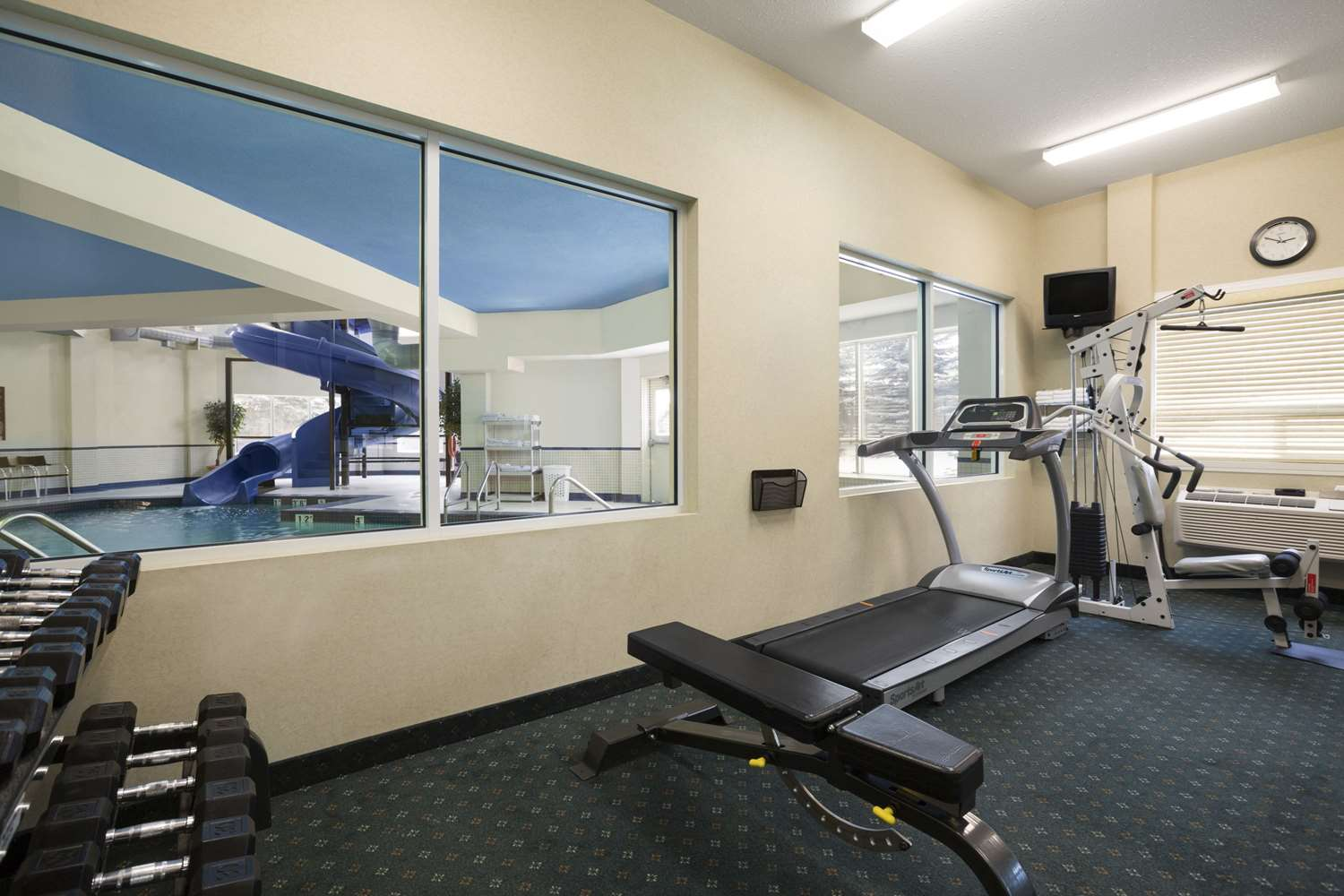 Fitness/ Exercise Room - Travelodge Strathmore