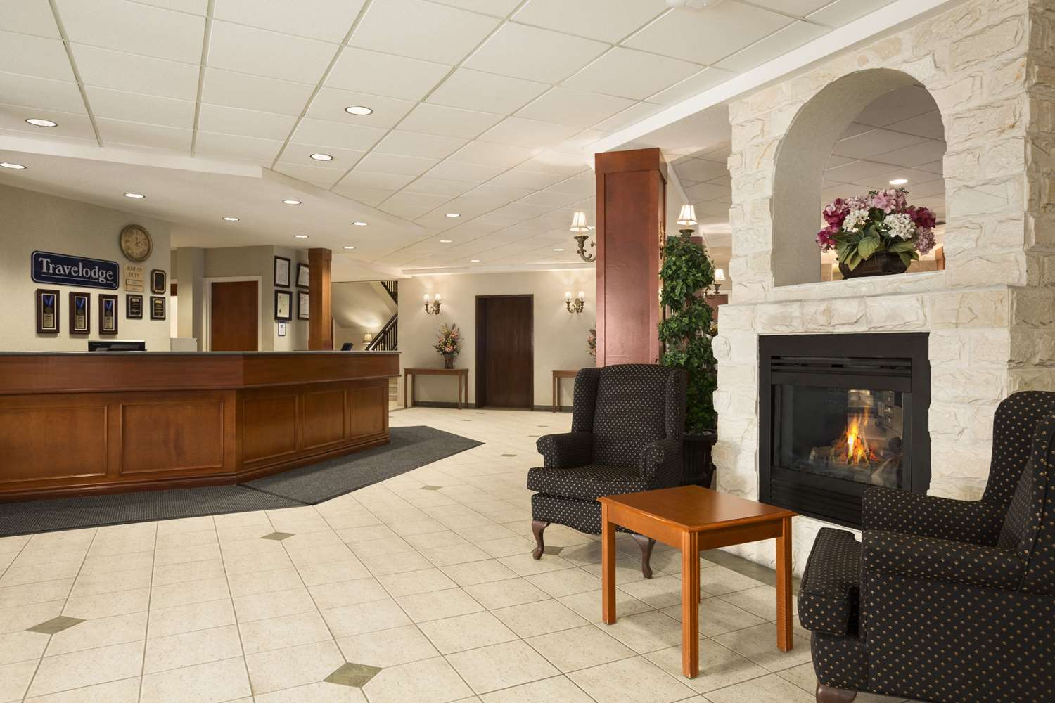 Lobby - Travelodge Strathmore
