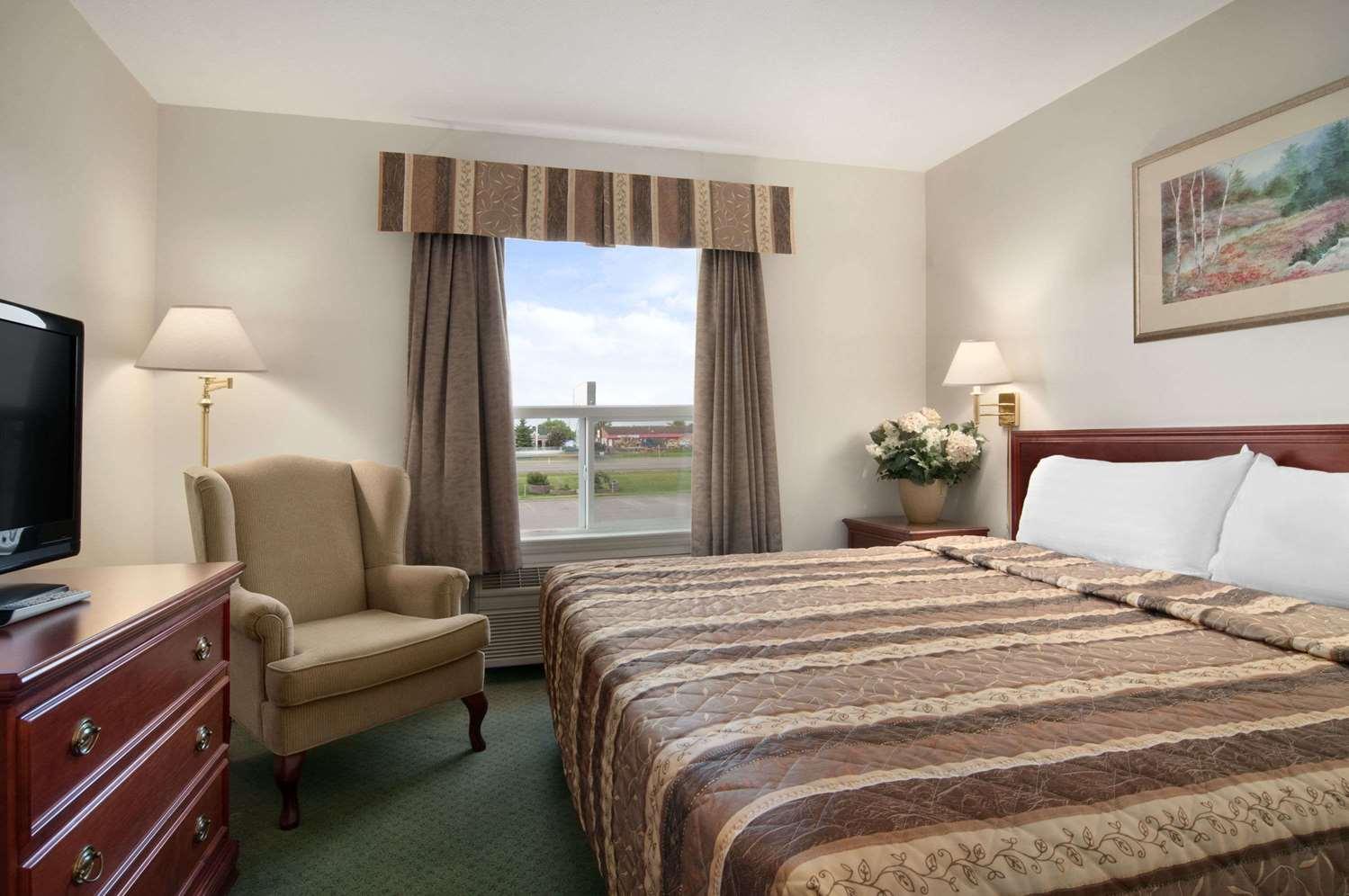 Suite - Travelodge Stony Plain