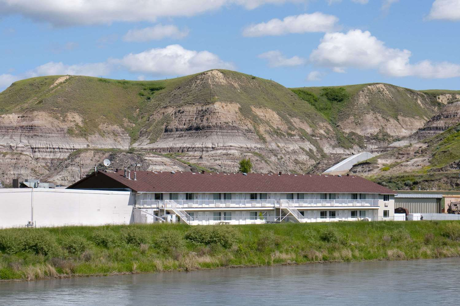 Exterior view - Travelodge Drumheller
