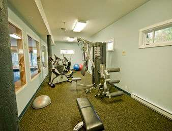 Fitness/ Exercise Room - Travelodge Parksville