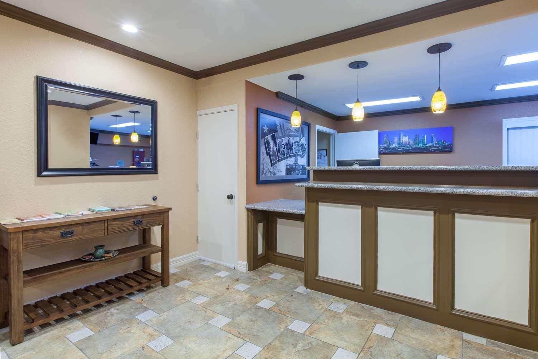 Lobby - Super 8 Hotel Northwest Houston