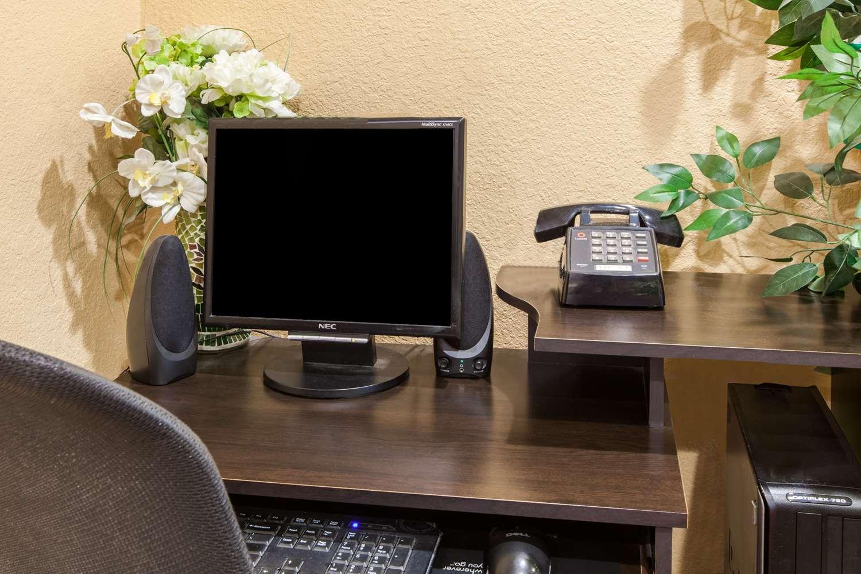 Conference Area - Super 8 Hotel Northwest Houston