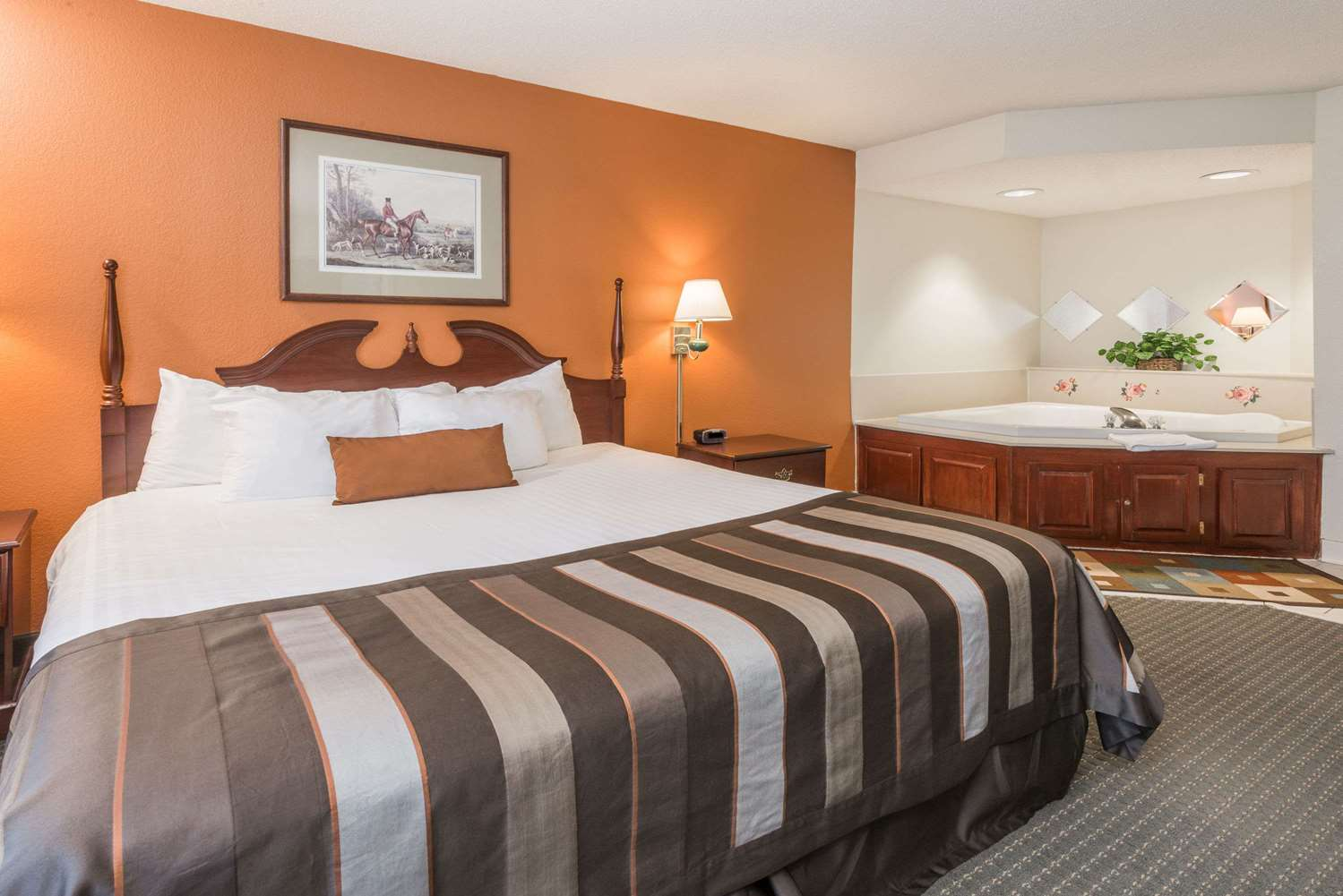 Suite - Wingate by Wyndham Hotel Airport Indianapolis