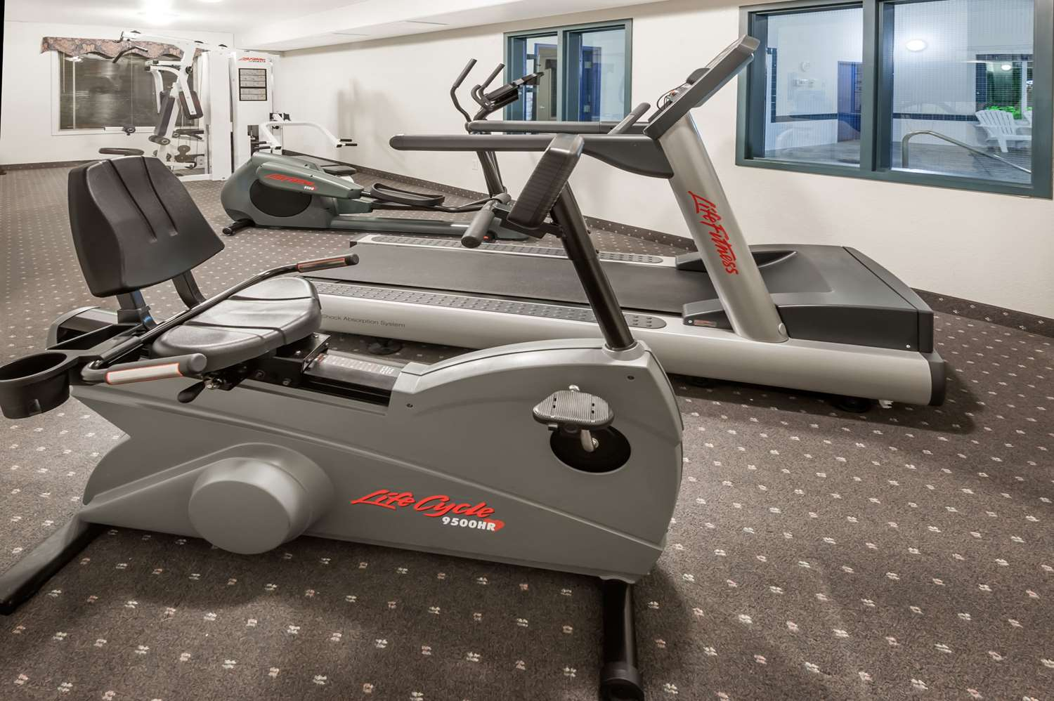 Fitness/ Exercise Room - Super 8 Hotel High River