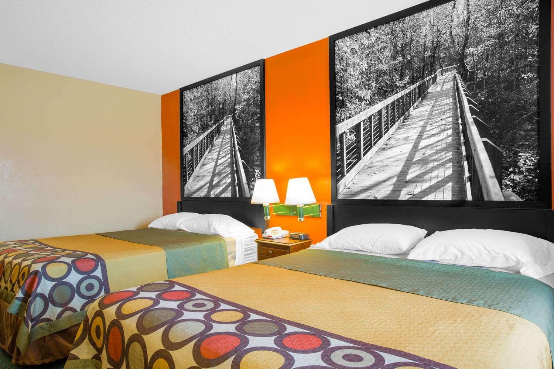 Super 8 Hotel Talladega Al See Discounts