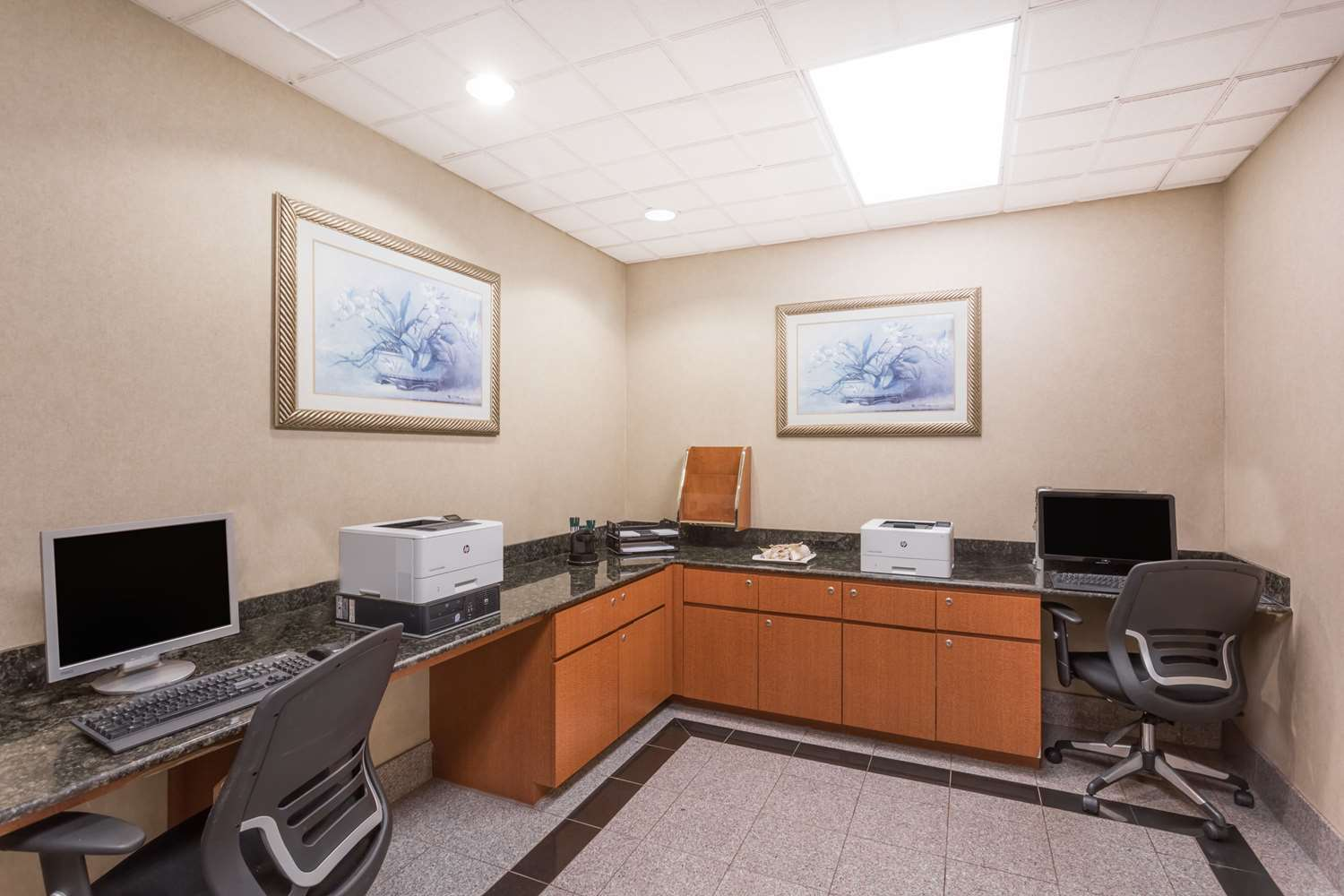 Conference Area - Wingate by Wyndham Hotel Airport Orlando