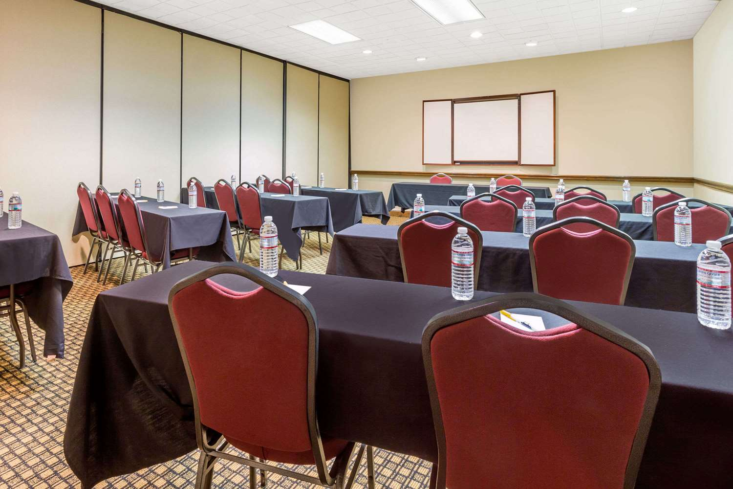 Meeting Facilities - Days Inn Asheville Mall