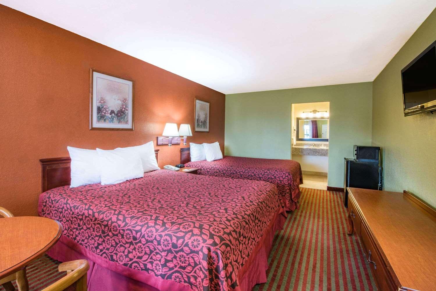Room - Days Inn McAllen