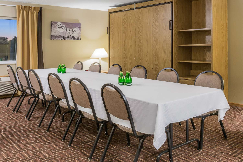 Meeting Facilities - Super 8 Hotel East Sioux Falls
