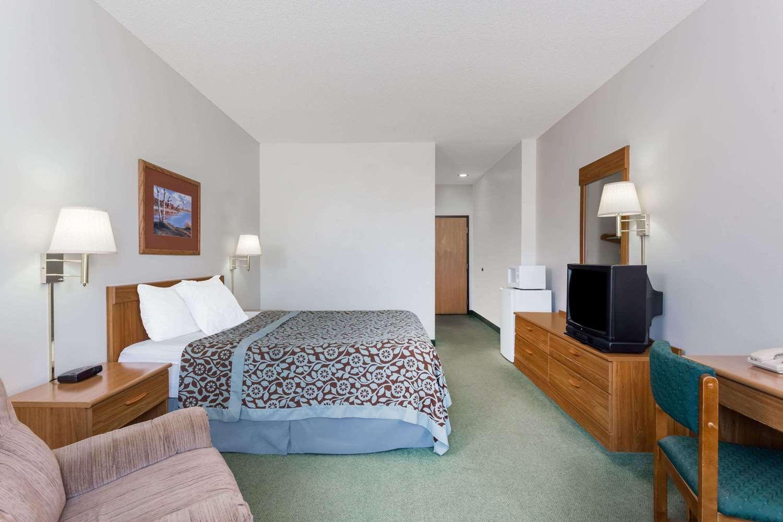 Room - Days Inn Manchester