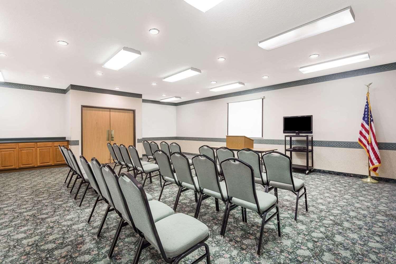 Meeting Facilities - Days Inn Manchester