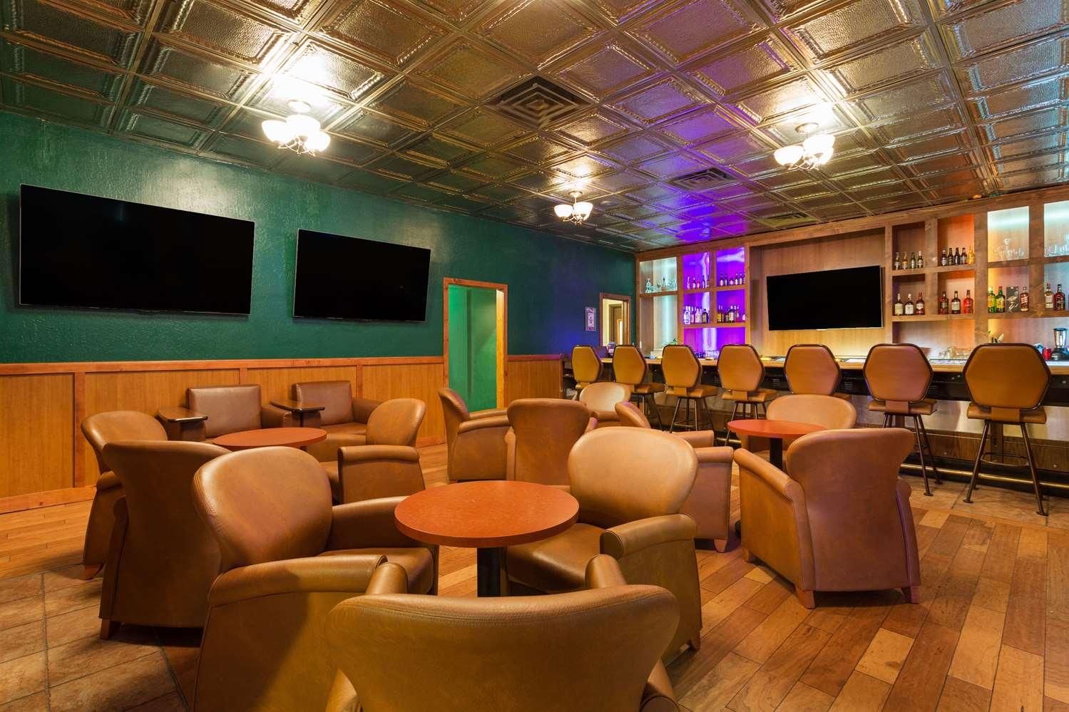 Bar - Super 8 Hotel Bonanza Inn & Casino Fallon