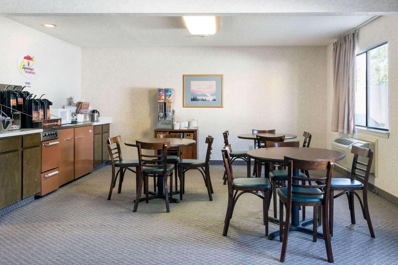proam - Super 8 Hotel Bonanza Inn & Casino Fallon