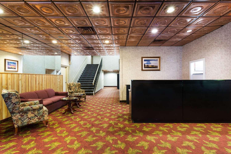 Lobby - Super 8 Hotel Bonanza Inn & Casino Fallon