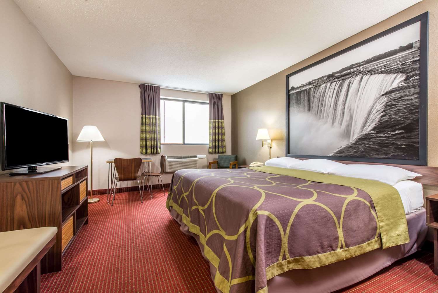 Niagara Falls Hotels With Jacuzzi In The Room And Fallsview